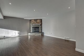 Photo 32: 11 Hawkslow Place NW in Calgary: Hawkwood Detached for sale : MLS®# A1050664