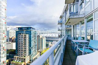 """Photo 15: 1802 821 CAMBIE Street in Vancouver: Downtown VW Condo for sale in """"Raffles on Robson"""" (Vancouver West)  : MLS®# R2527841"""