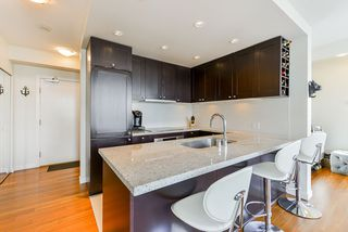"""Photo 18: 1802 821 CAMBIE Street in Vancouver: Downtown VW Condo for sale in """"Raffles on Robson"""" (Vancouver West)  : MLS®# R2527841"""