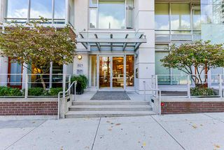 """Photo 38: 1802 821 CAMBIE Street in Vancouver: Downtown VW Condo for sale in """"Raffles on Robson"""" (Vancouver West)  : MLS®# R2527841"""