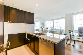 """Photo 9: 1802 821 CAMBIE Street in Vancouver: Downtown VW Condo for sale in """"Raffles on Robson"""" (Vancouver West)  : MLS®# R2527841"""