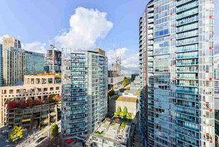 """Photo 11: 1802 821 CAMBIE Street in Vancouver: Downtown VW Condo for sale in """"Raffles on Robson"""" (Vancouver West)  : MLS®# R2527841"""