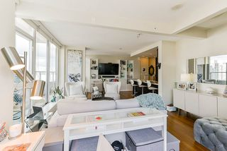 """Photo 3: 1802 821 CAMBIE Street in Vancouver: Downtown VW Condo for sale in """"Raffles on Robson"""" (Vancouver West)  : MLS®# R2527841"""