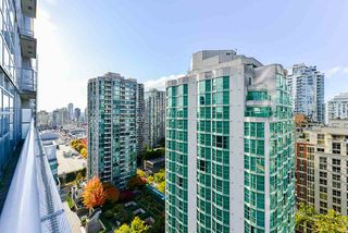 """Photo 13: 1802 821 CAMBIE Street in Vancouver: Downtown VW Condo for sale in """"Raffles on Robson"""" (Vancouver West)  : MLS®# R2527841"""