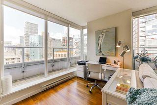 """Photo 6: 1802 821 CAMBIE Street in Vancouver: Downtown VW Condo for sale in """"Raffles on Robson"""" (Vancouver West)  : MLS®# R2527841"""