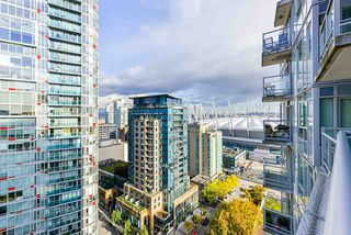 """Photo 10: 1802 821 CAMBIE Street in Vancouver: Downtown VW Condo for sale in """"Raffles on Robson"""" (Vancouver West)  : MLS®# R2527841"""