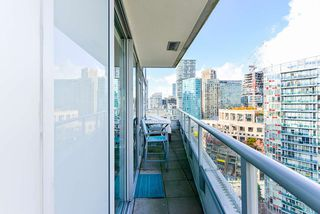"""Photo 17: 1802 821 CAMBIE Street in Vancouver: Downtown VW Condo for sale in """"Raffles on Robson"""" (Vancouver West)  : MLS®# R2527841"""
