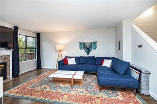 Photo 2: 11 4580 West Saanich Rd in : SW Royal Oak Row/Townhouse for sale (Saanich West)  : MLS®# 862751