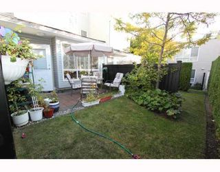 Photo 10: 7372 HAWTHORNE Terrace in Burnaby: Highgate Townhouse for sale (Burnaby South)  : MLS®# V792050