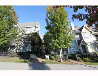 Photo 1: 7372 HAWTHORNE Terrace in Burnaby: Highgate Townhouse for sale (Burnaby South)  : MLS®# V792050
