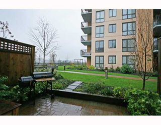 """Photo 10: 402 WESTVIEW Street in Coquitlam: Coquitlam West Townhouse for sale in """"ENCORE"""" : MLS®# V800235"""