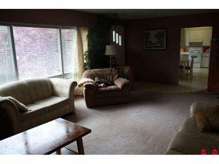 Photo 8: 6831 CENTENNIAL Avenue: Agassiz House for sale : MLS®# H1002031