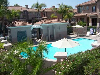 Photo 3: MISSION VALLEY Townhome for sale : 2 bedrooms : 938 Camino De La Reina #78 in San Diego
