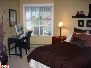 "Photo 5: 304 15367 BUENA VISTA Avenue: White Rock Condo for sale in ""THE PALMS"" (South Surrey White Rock)  : MLS®# F1017540"