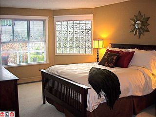 "Photo 4: 304 15367 BUENA VISTA Avenue: White Rock Condo for sale in ""THE PALMS"" (South Surrey White Rock)  : MLS®# F1017540"