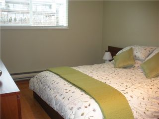 Photo 8: 211 E 4TH Street in North Vancouver: Lower Lonsdale Townhouse for sale : MLS®# V865398