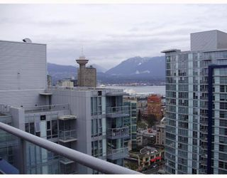 "Photo 3: 3206 111 W GEORGIA Street in Vancouver: Downtown VW Condo for sale in ""SPECTRUM 1"" (Vancouver West)  : MLS®# V755363"