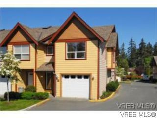 Photo 1: 24 172 Belmont Rd in VICTORIA: Co Colwood Corners Row/Townhouse for sale (Colwood)  : MLS®# 505257