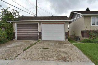 Photo 3: 10205 62 Street in Edmonton: Zone 19 House for sale : MLS®# E4173156