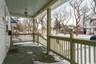 Photo 3: 1422 Cameron Street in Regina: Washington Park Residential for sale : MLS®# SK795959