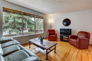 Photo 5: 7936 Huntwick Hill NE: Calgary Detached for sale : MLS®# C4302449