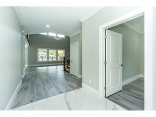 "Photo 2: 34832 ORCHARD Drive in Abbotsford: Abbotsford East House for sale in ""MCMILLAN"" : MLS®# R2478431"