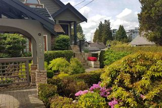 Main Photo: 1278 DUCHESS Avenue in West Vancouver: Ambleside 1/2 Duplex for sale : MLS®# R2507909