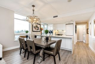 """Photo 4: 604 15152 RUSSELL Avenue: White Rock Condo for sale in """"Miramar - Tower """"A"""""""" (South Surrey White Rock)  : MLS®# R2508829"""