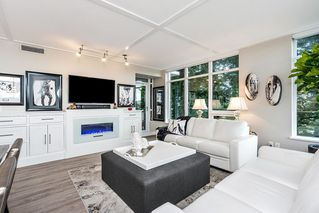 """Photo 6: 604 15152 RUSSELL Avenue: White Rock Condo for sale in """"Miramar - Tower """"A"""""""" (South Surrey White Rock)  : MLS®# R2508829"""