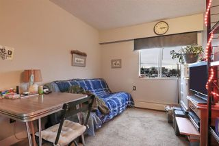 "Photo 13: 109 2821 TIMS Street in Abbotsford: Central Abbotsford Condo for sale in ""Parkview Estates"" : MLS®# R2528640"