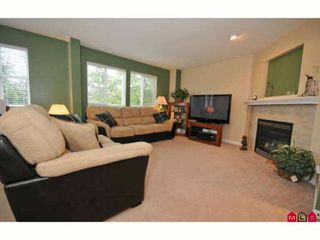 "Photo 4: 60 16388 85TH Avenue in Surrey: Fleetwood Tynehead Townhouse for sale in ""CAMELOT VILLAGE"" : MLS®# F2922687"