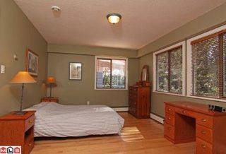 Photo 5: 1343 129A ST in Surrey: Home for sale (Canada)  : MLS®# F1024904