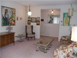 """Photo 3: 8 5515 OAK Street in Vancouver: Shaughnessy Condo for sale in """"Shawnoaks"""" (Vancouver West)  : MLS®# V860014"""