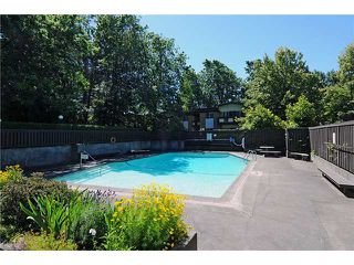 """Photo 9: 8 5515 OAK Street in Vancouver: Shaughnessy Condo for sale in """"Shawnoaks"""" (Vancouver West)  : MLS®# V860014"""