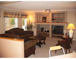 Photo 2:  in WINNIPEG: Fort Garry / Whyte Ridge / St Norbert Residential for sale (South Winnipeg)  : MLS®# 2820247