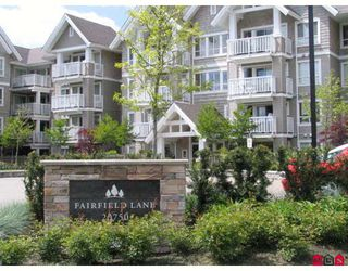 """Photo 1: 201 20750 DUNCAN Way in Langley: Langley City Condo for sale in """"FAIRFIELD LANE"""" : MLS®# F2910685"""