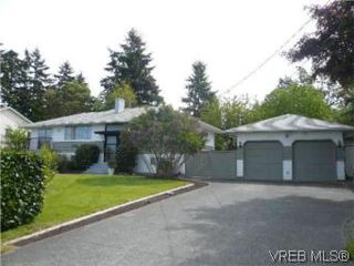 Photo 1: 6705 Central Saanich Rd in VICTORIA: CS Tanner Single Family Detached for sale (Central Saanich)  : MLS®# 504838