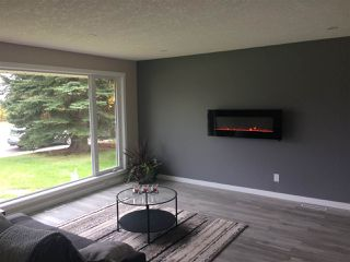 Photo 3: 13424 137 Street NW in Edmonton: Zone 01 House for sale : MLS®# E4175458