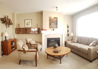 Photo 2: 34 2978 WHISPER Way in Coquitlam: Westwood Plateau Townhouse for sale : MLS®# R2417428