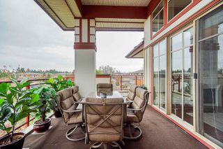 "Photo 16: 309 16483 64 Avenue in Surrey: Cloverdale BC Condo for sale in ""St. Andrews"" (Cloverdale)  : MLS®# R2418515"