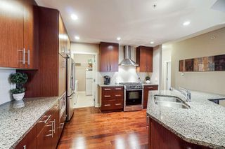 "Photo 3: 309 16483 64 Avenue in Surrey: Cloverdale BC Condo for sale in ""St. Andrews"" (Cloverdale)  : MLS®# R2418515"