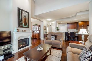 "Photo 7: 309 16483 64 Avenue in Surrey: Cloverdale BC Condo for sale in ""St. Andrews"" (Cloverdale)  : MLS®# R2418515"