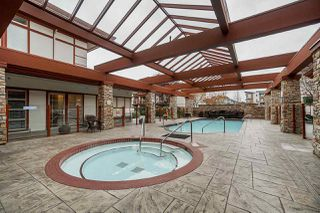 "Photo 18: 309 16483 64 Avenue in Surrey: Cloverdale BC Condo for sale in ""St. Andrews"" (Cloverdale)  : MLS®# R2418515"