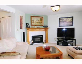 """Photo 6: 47 22488 116TH Avenue in Maple Ridge: East Central Townhouse for sale in """"RICHMOND HILL ESTATES"""" : MLS®# V780986"""