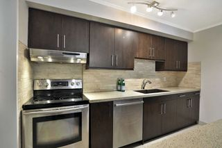 Photo 5: 4044 Longmoor Drive in Burlington: Shoreacres Condo for sale : MLS®# W4703496