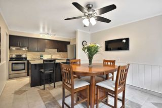 Photo 3: 4044 Longmoor Drive in Burlington: Shoreacres Condo for sale : MLS®# W4703496