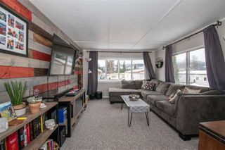 """Photo 5: 21 95 LAIDLAW Road in Smithers: Smithers - Rural Manufactured Home for sale in """"MOUNTAIN VIEW MOBILE HOME PARK"""" (Smithers And Area (Zone 54))  : MLS®# R2441463"""