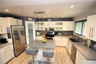Photo 8: 35 Barrington Avenue in Winnipeg: Norberry Residential for sale (2C)  : MLS®# 202015331
