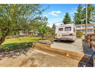 Photo 40: 8036 PHILBERT Street in Mission: Mission BC House for sale : MLS®# R2476390