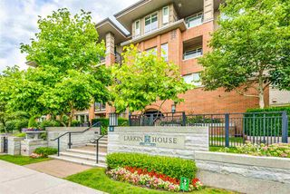 "Photo 2: 311 3097 LINCOLN Avenue in Coquitlam: New Horizons Condo for sale in ""LARKIN HOUSE WEST"" : MLS®# R2478421"